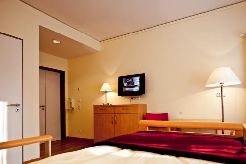 Gästezimmer mit Fernseher