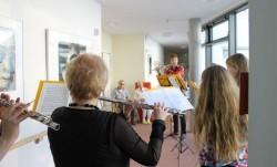 Flötentöne schwebten durchs Haus …