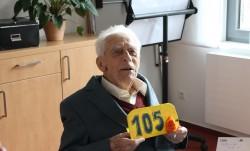 Herzlichen Glückwunsch zum 105. Geburtstag!
